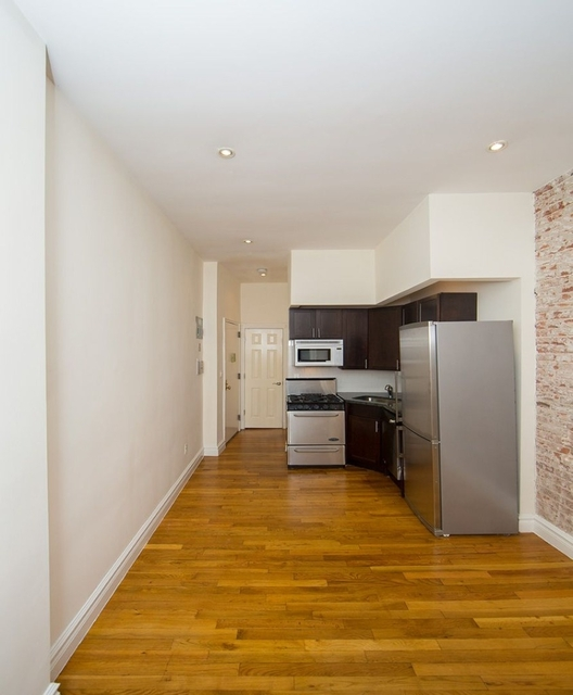 Studio, East Village Rental in NYC for $2,290 - Photo 2