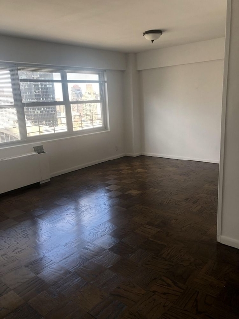 2 Bedrooms, Upper East Side Rental in NYC for $6,875 - Photo 1
