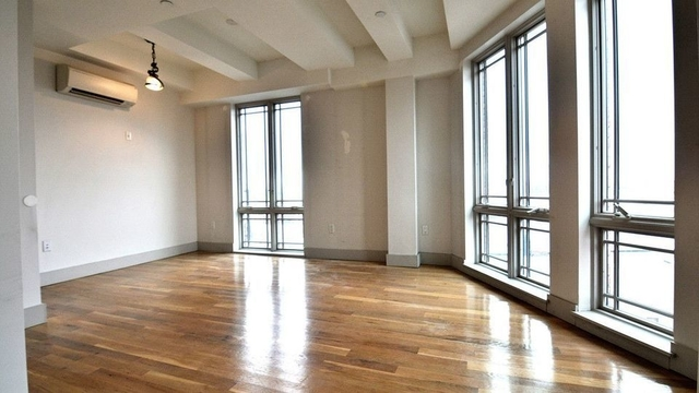 3 Bedrooms, Greenpoint Rental in NYC for $3,799 - Photo 1