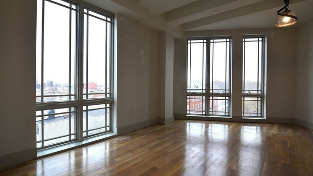 3 Bedrooms, Greenpoint Rental in NYC for $3,795 - Photo 1
