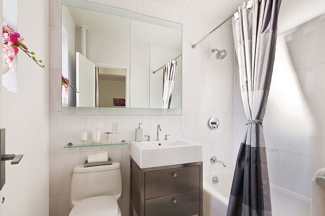 3 Bedrooms, Stuyvesant Town - Peter Cooper Village Rental in NYC for $5,096 - Photo 2