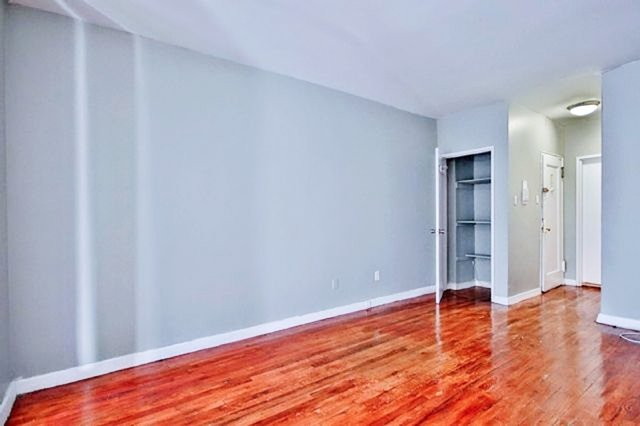 Studio, East Village Rental in NYC for $2,430 - Photo 2