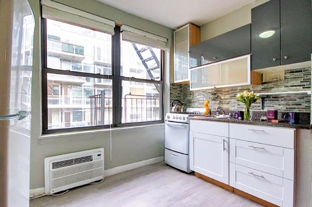 Studio, East Village Rental in NYC for $2,430 - Photo 1