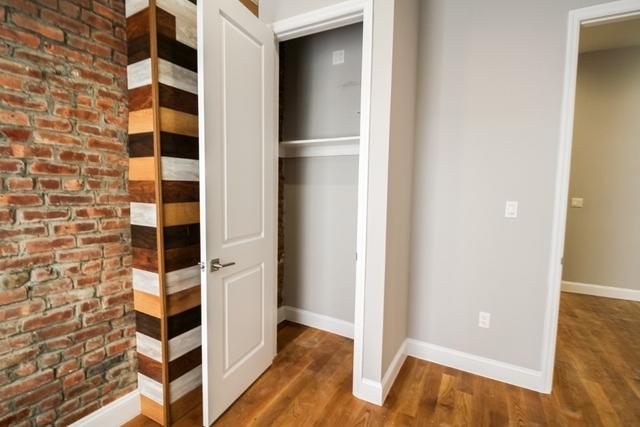 3 Bedrooms, Bushwick Rental in NYC for $2,599 - Photo 2