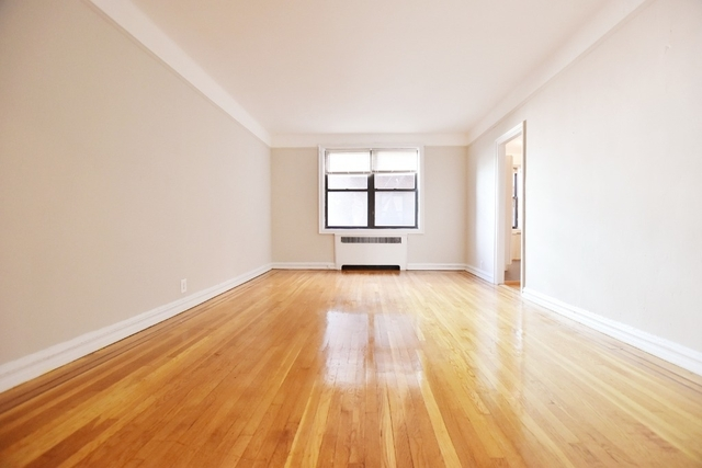1 Bedroom, Astoria Rental in NYC for $2,425 - Photo 2