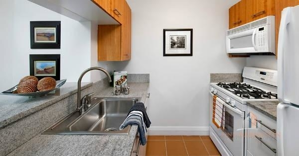 1 Bedroom, NoMad Rental in NYC for $3,800 - Photo 2
