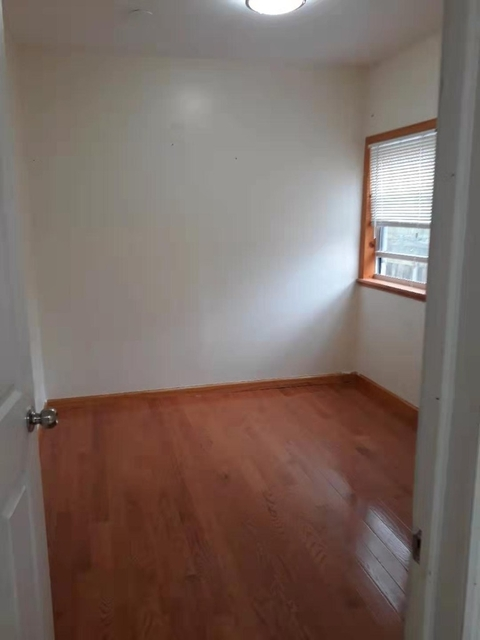 3 Bedrooms, Sheepshead Bay Rental in NYC for $2,100 - Photo 2