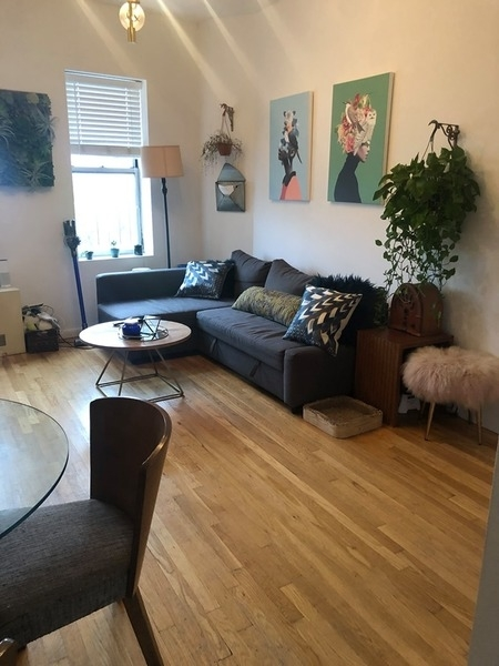 2 Bedrooms, Alphabet City Rental in NYC for $4,150 - Photo 2