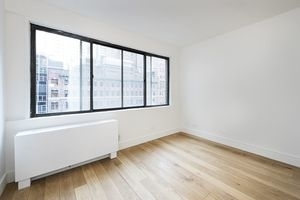 2 Bedrooms, Turtle Bay Rental in NYC for $3,470 - Photo 1