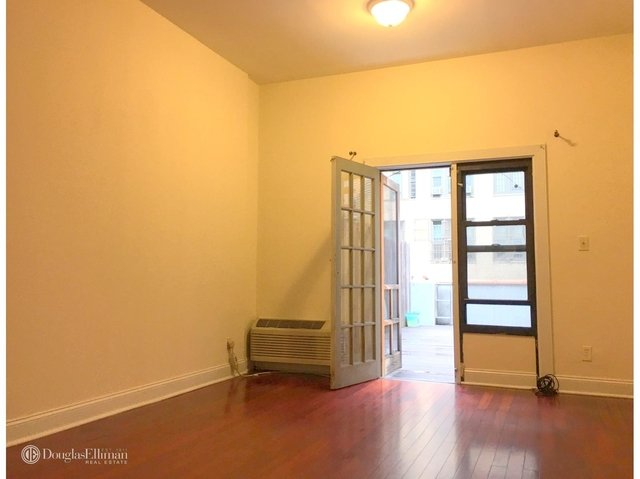 1 Bedroom, Chelsea Rental in NYC for $3,245 - Photo 2