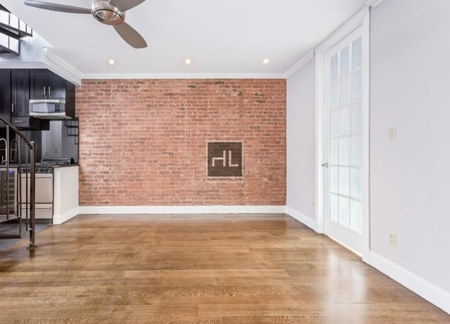 4 Bedrooms, Hell's Kitchen Rental in NYC for $5,991 - Photo 1