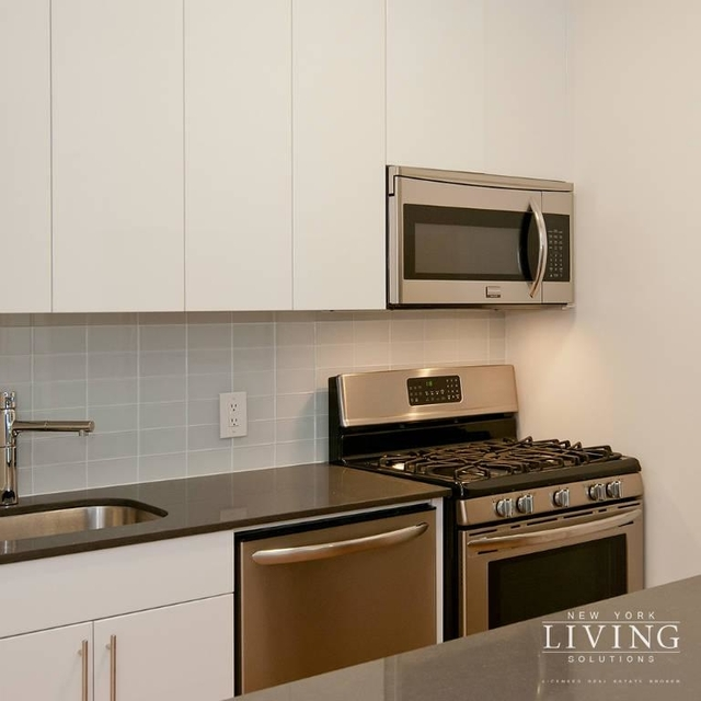 Studio, Financial District Rental in NYC for $2,929 - Photo 2