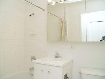 Studio, Financial District Rental in NYC for $2,838 - Photo 2