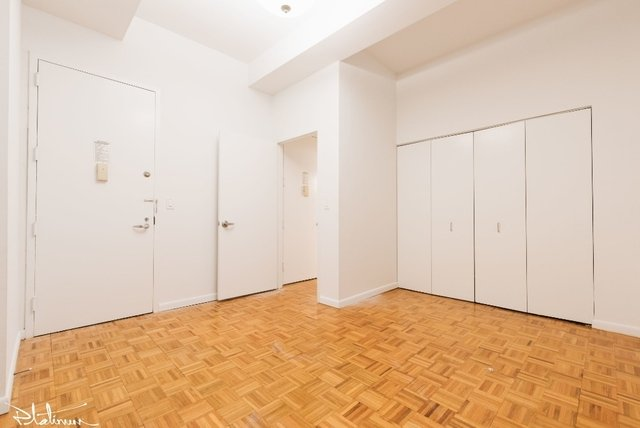 3 Bedrooms, Financial District Rental in NYC for $6,646 - Photo 2