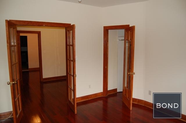 2 Bedrooms, Hell's Kitchen Rental in NYC for $3,100 - Photo 2