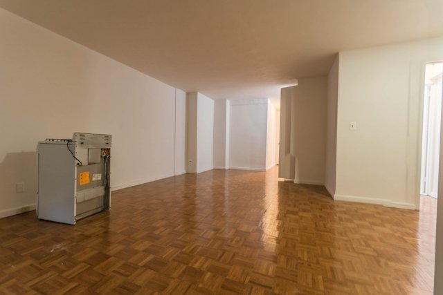 Studio, Carnegie Hill Rental in NYC for $2,700 - Photo 2