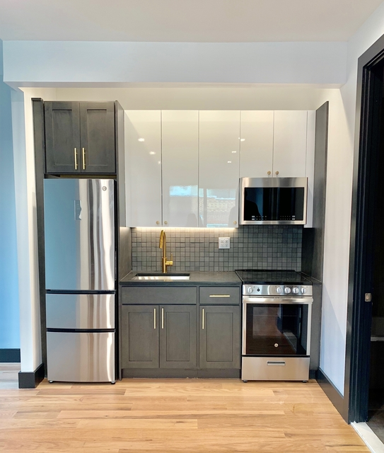 3 Bedrooms, South Slope Rental in NYC for $4,275 - Photo 1