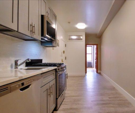 2 Bedrooms, East Village Rental in NYC for $3,950 - Photo 2