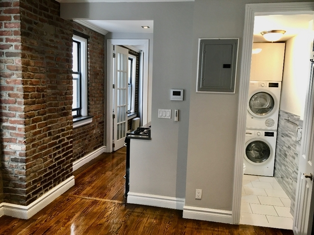 1 Bedroom, East Village Rental in NYC for $3,041 - Photo 2