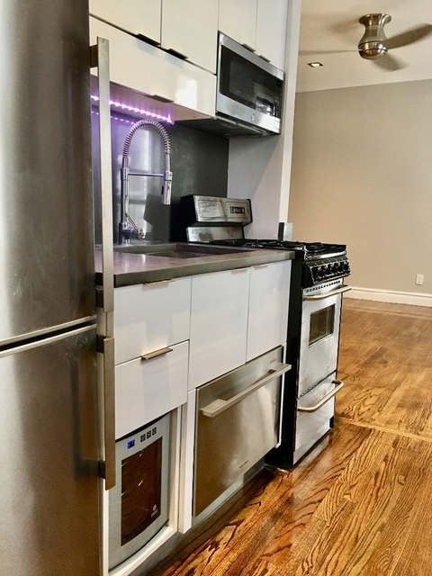 1 Bedroom, East Village Rental in NYC for $3,041 - Photo 1