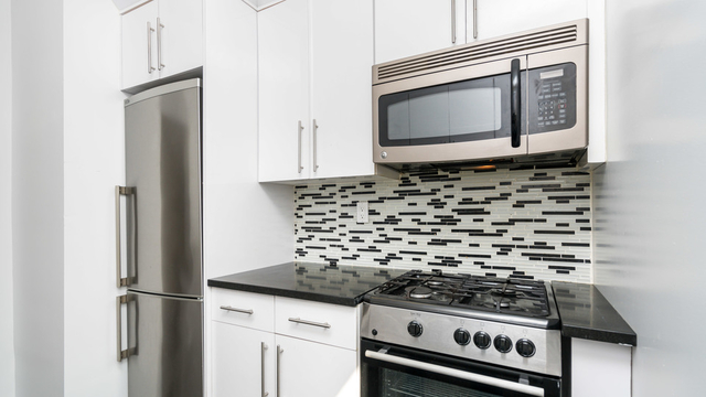 1 Bedroom, Bushwick Rental in NYC for $1,725 - Photo 1