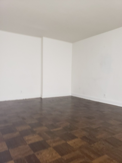Studio, Sutton Place Rental in NYC for $3,950 - Photo 2