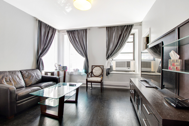 3 Bedrooms, Rose Hill Rental in NYC for $6,025 - Photo 1