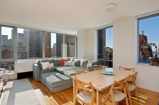 3 Bedrooms, Tribeca Rental in NYC for $9,900 - Photo 2