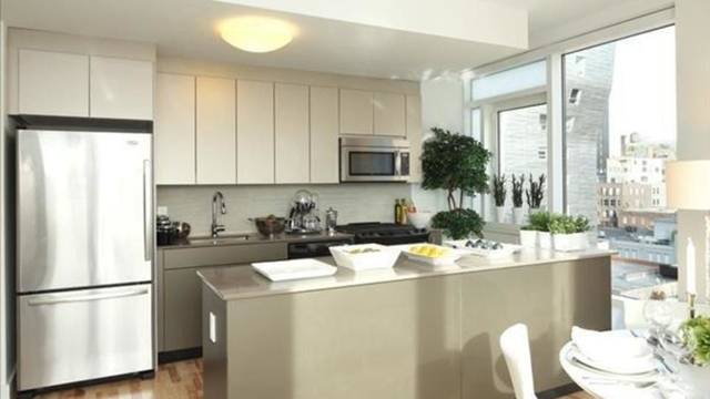 2 Bedrooms, Chelsea Rental in NYC for $7,780 - Photo 2