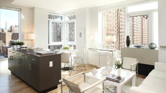 2 Bedrooms, Chelsea Rental in NYC for $7,780 - Photo 1