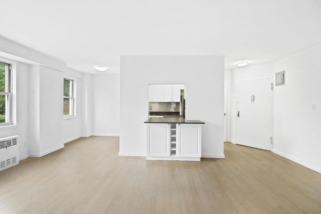 2 Bedrooms, Central Harlem Rental in NYC for $2,712 - Photo 2