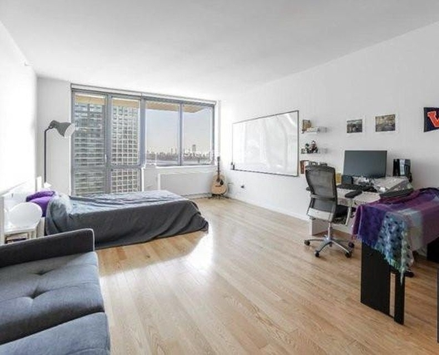 Studio, Hunters Point Rental in NYC for $2,466 - Photo 2