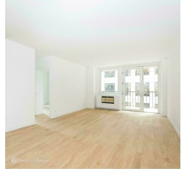 3 Bedrooms, Theater District Rental in NYC for $6,295 - Photo 1
