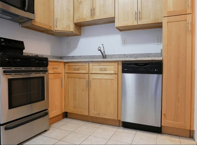 Studio, Manhattan Valley Rental in NYC for $2,595 - Photo 2