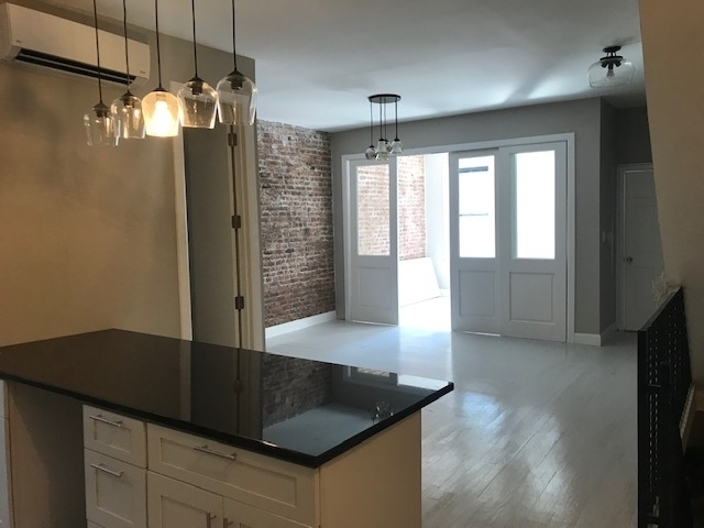 3 Bedrooms, Crown Heights Rental in NYC for $4,950 - Photo 1