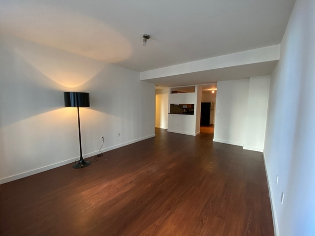 1 Bedroom, Financial District Rental in NYC for $3,822 - Photo 2