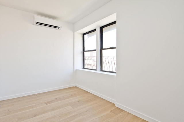 1 Bedroom, Alphabet City Rental in NYC for $2,900 - Photo 1