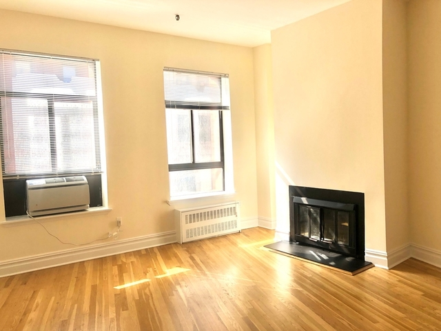 Loft, NoHo Rental in NYC for $3,250 - Photo 2