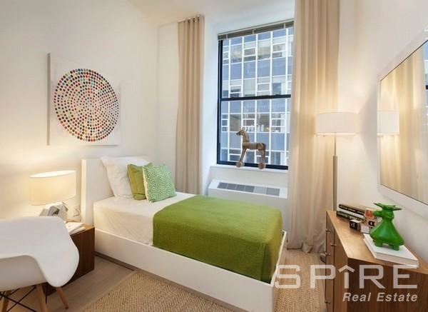 Studio, Hell's Kitchen Rental in NYC for $2,970 - Photo 1