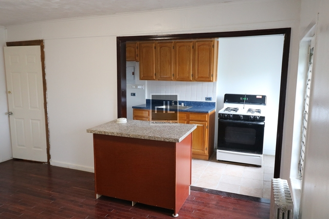 2 Bedrooms, Bedford-Stuyvesant Rental in NYC for $1,800 - Photo 2