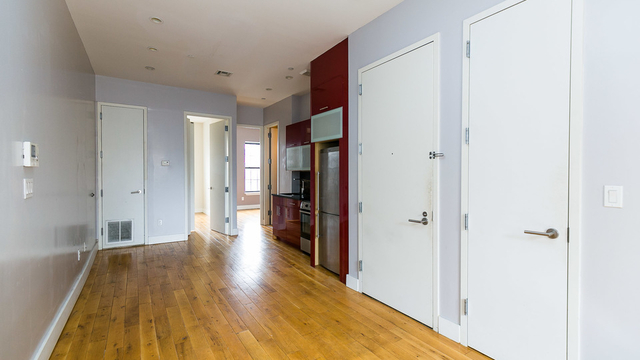 2 Bedrooms, Crown Heights Rental in NYC for $2,537 - Photo 2