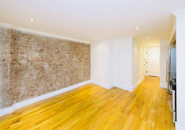 3 Bedrooms, West Village Rental in NYC for $5,800 - Photo 1