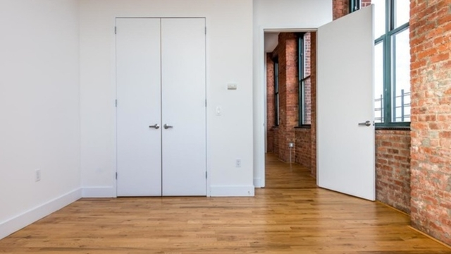 2 Bedrooms, Williamsburg Rental in NYC for $5,200 - Photo 1