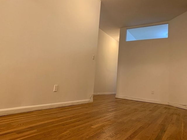 2 Bedrooms, Yorkville Rental in NYC for $2,649 - Photo 1