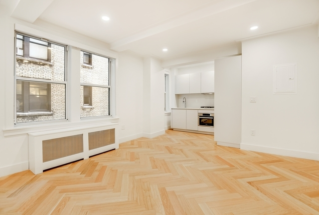 1 Bedroom, Gramercy Park Rental in NYC for $3,762 - Photo 2