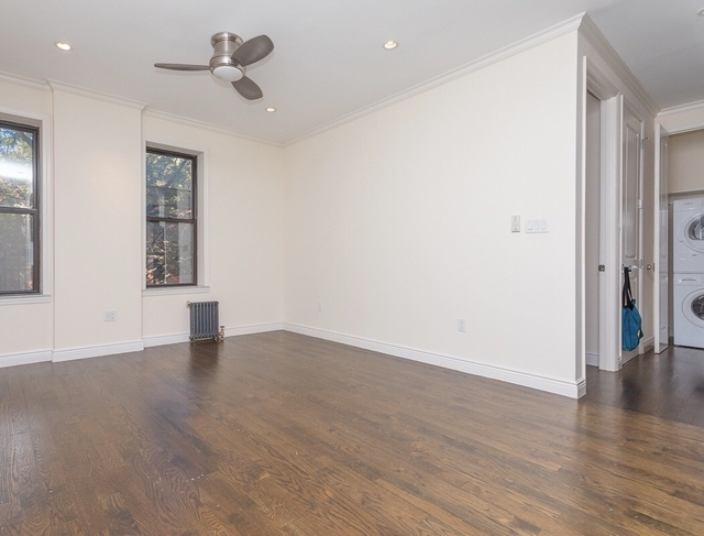 2 Bedrooms, Bushwick Rental in NYC for $2,613 - Photo 2