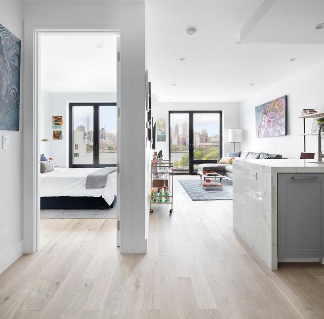1 Bedroom, Astoria Rental in NYC for $2,996 - Photo 2
