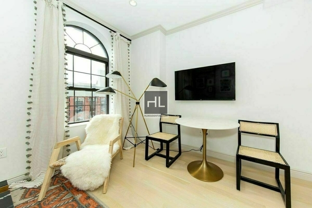 1 Bedroom, Alphabet City Rental in NYC for $5,000 - Photo 2