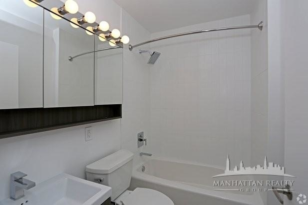 4 Bedrooms, Murray Hill Rental in NYC for $6,900 - Photo 2