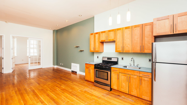 4 Bedrooms, Bushwick Rental in NYC for $3,800 - Photo 1